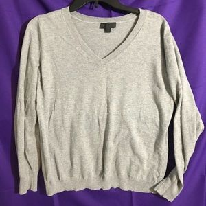 🎄 Gray sweater